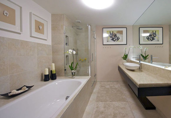 How to Save Money by Bathtub Refinishing