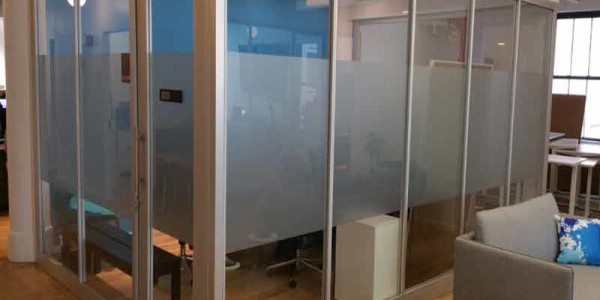 door divider glass aluminum