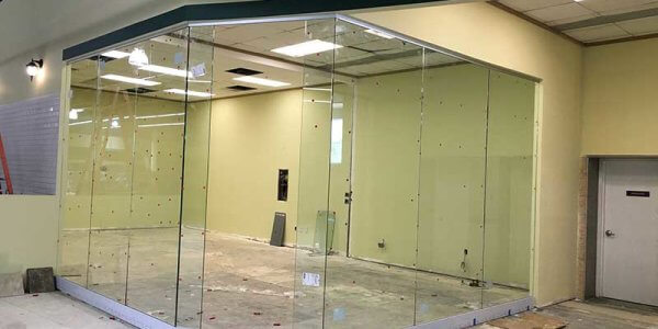 glass office room divider