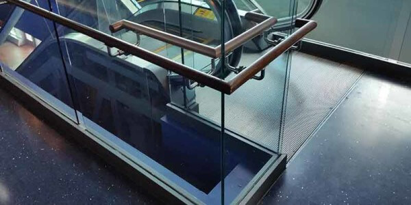 installation commercial glass railing systems nyc