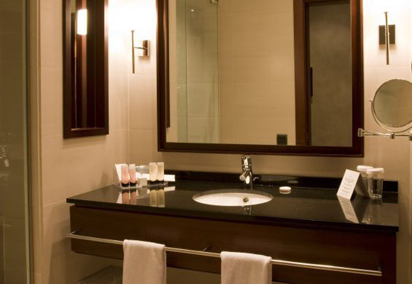 Glass Innovations | Glass Countertop and Walk in Shower