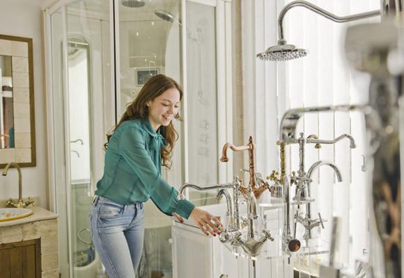 Main Tips on Choosing the Right Bathroom Fixtures